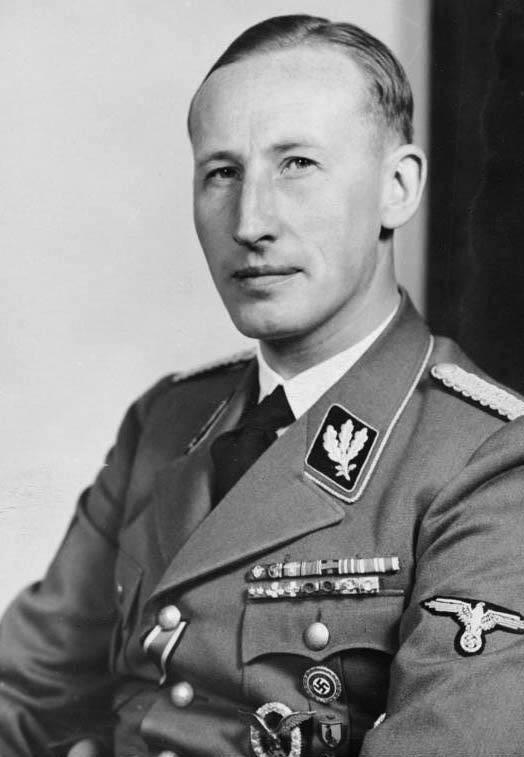 Bundesarchiv_Bild_146-1969-054-16,_Reinhard_Heydrich.jpg